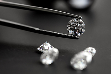 Lab Grown Diamonds Trend Spotting in Diamond Jewelery Industry